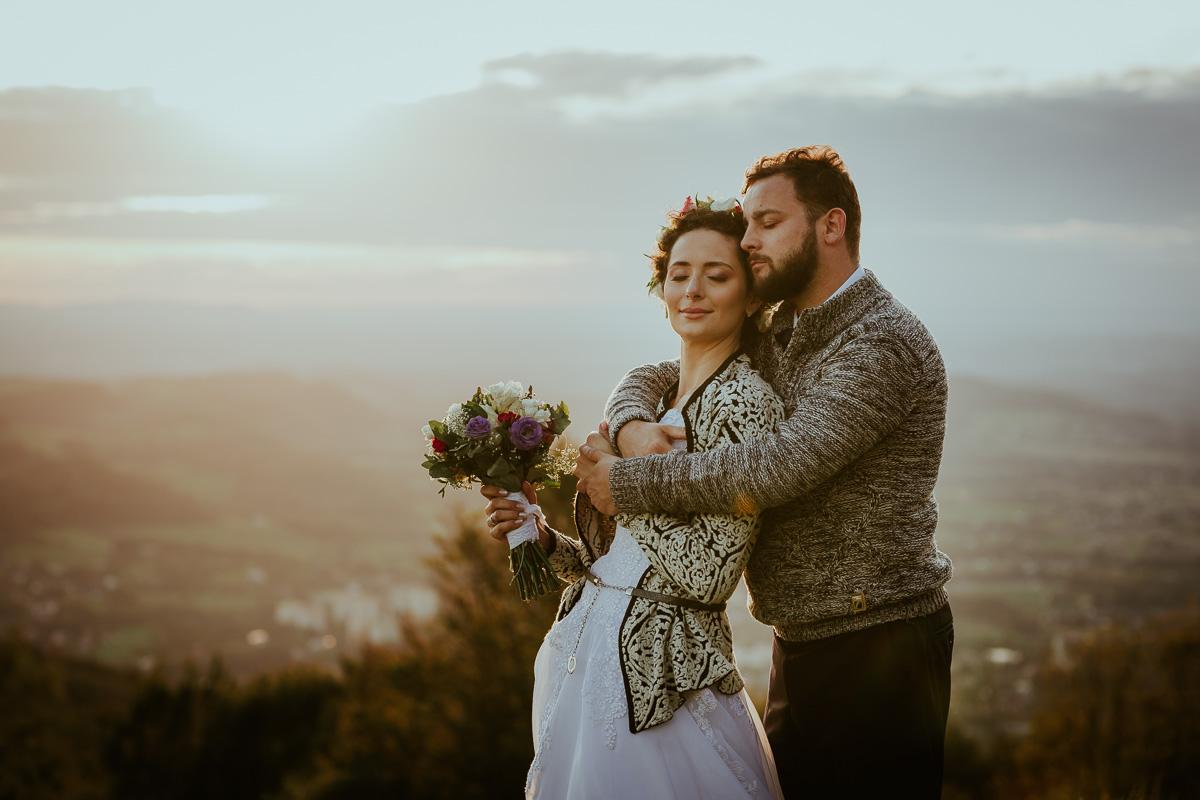 Sesja Ślubna w górach jesień 044 036 190928NL5600