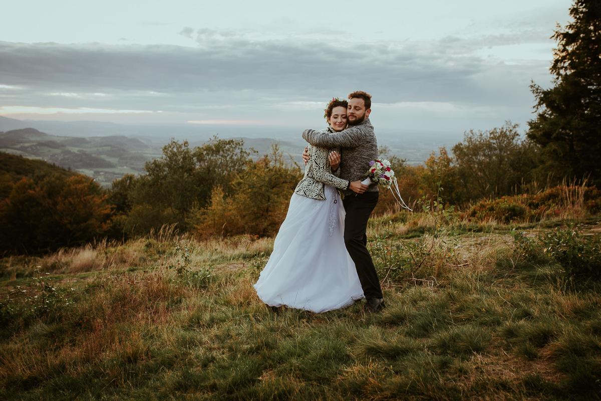 Sesja Ślubna w górach jesień 060 050 190928NL6022