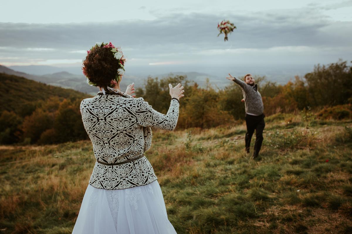 Sesja Ślubna w górach jesień 062 051 190928NL6056