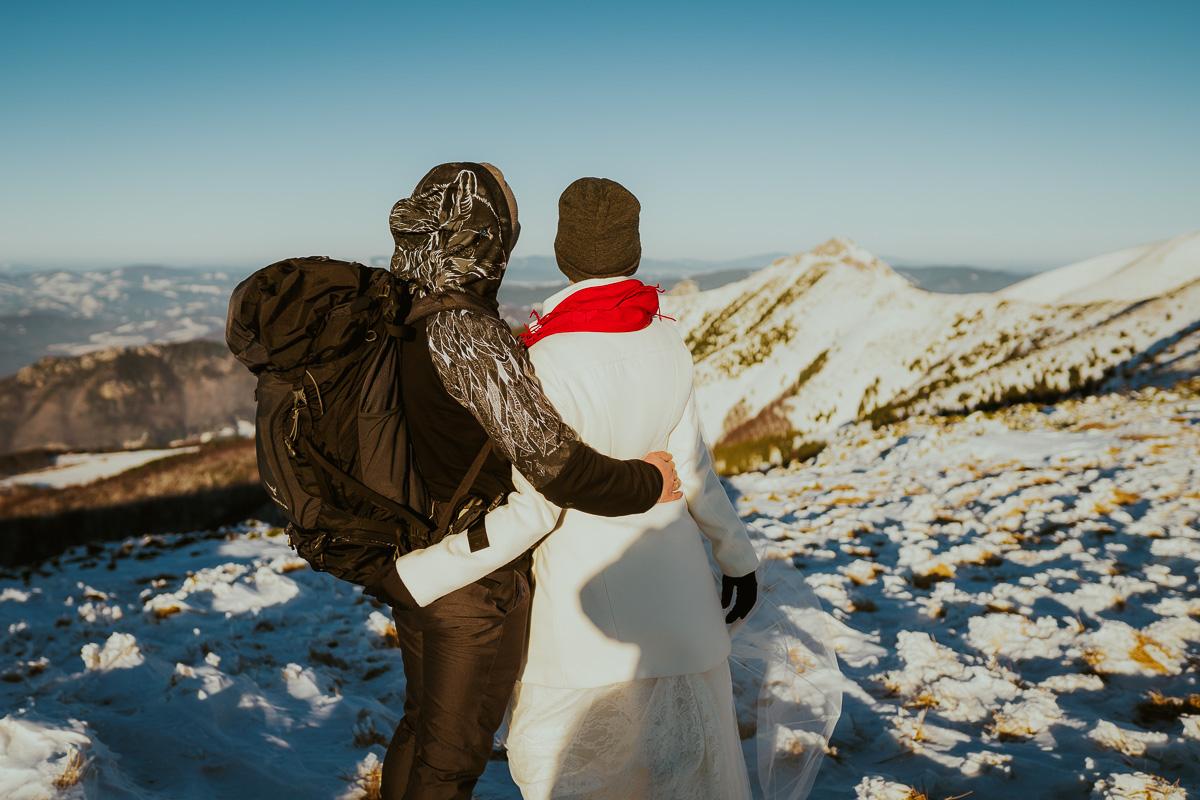 sesja slubna w gorach zima mala fatra 024