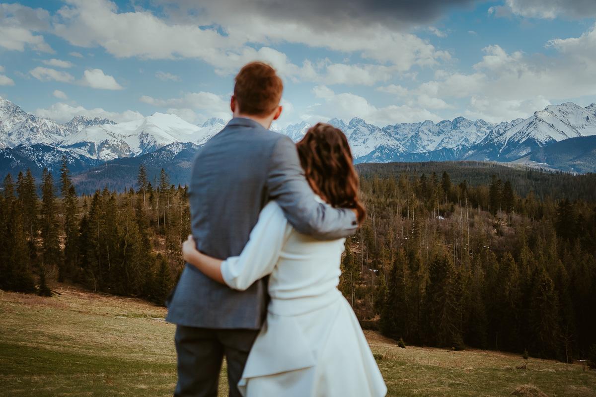 sesja ślubna w górach na glodówce 31 026 210508SK1172