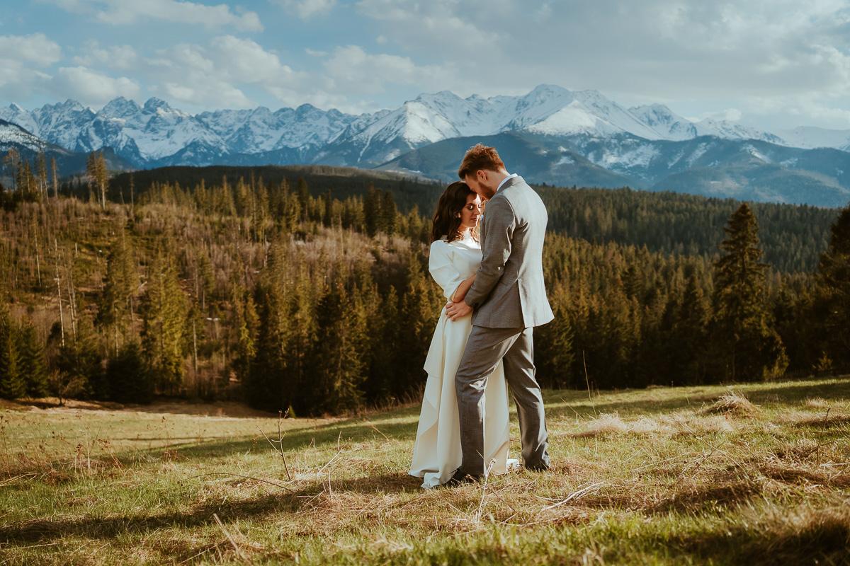 sesja ślubna w górach na glodówce 37 031 210508SK1395